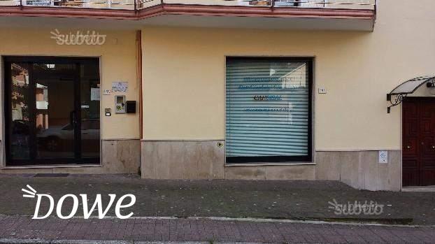 Vendita a avellino immobili in vendita stanza uso ufficio for Immobili uso ufficio roma