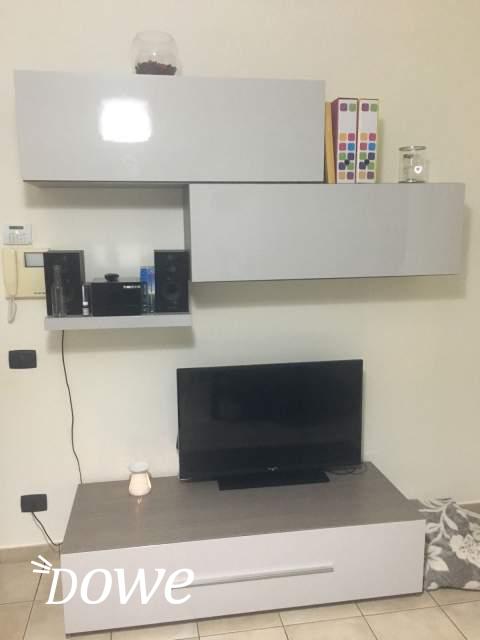 Vendita a Torino, Casa E Persona in Vendita - soggiorno tv moderno 120 x 38 x 60